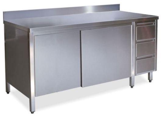 Tavoli armadi con porte su un lato con alzatina e cass. DX