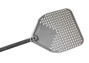 C-45RF Pala pizza alluminio forata rettangolare 45X45 cm con manico in carbonio 150 cm