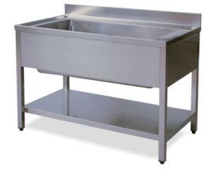 LT1145 Wash legs with stainless steel shelf